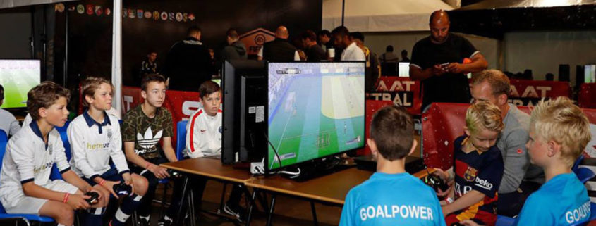KNVB straat voetbal games